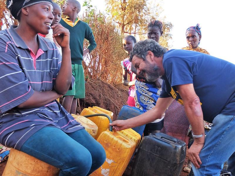 Kenya Meru. Acqua. Doris Mukami